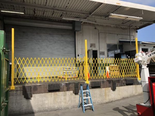 Easy Glide Trackless Gate Uses Warehouse Gate Benefits